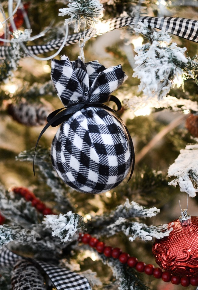 DIY Christmas flannel plaid ornaments-6