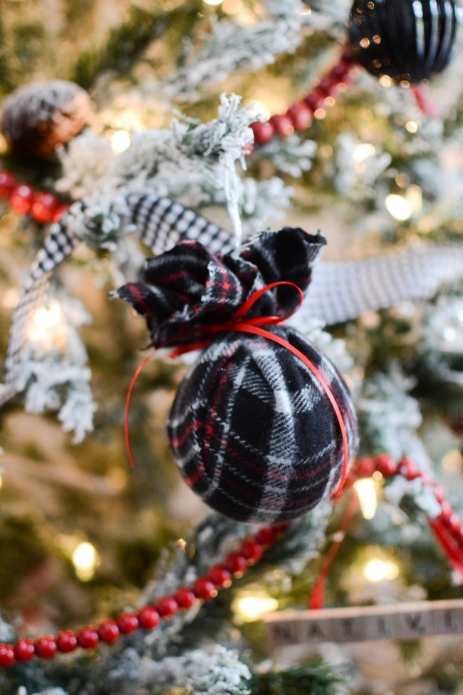 DIY Christmas flannel plaid ornaments-9