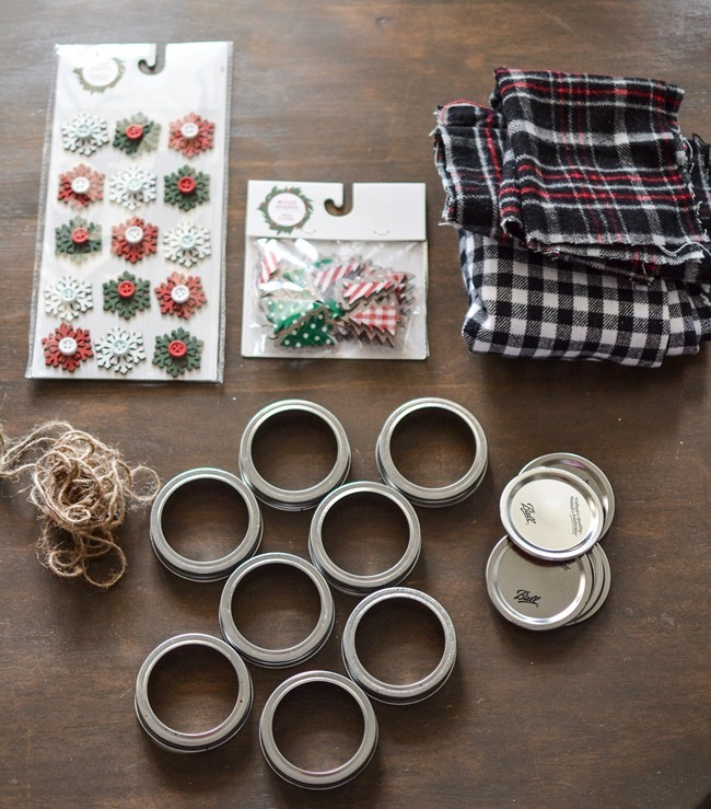 DIY Mason Jar Lid Christmas Ornaments-1