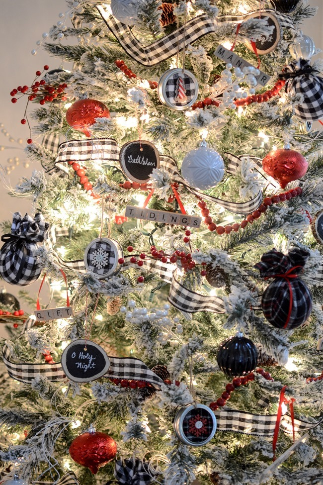 DIY Mason Jar Lid Christmas Ornaments-22