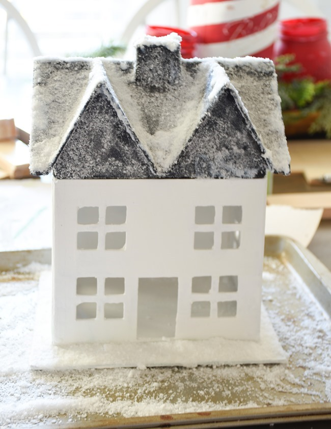 DIY Snowy Christmas Farmhouse_-4