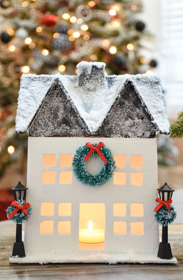 DIY Snowy Christmas Farmhouse_-9