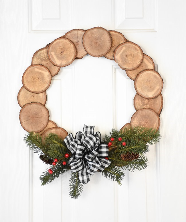 DIY Wood Slice Wreath (10 of 11)