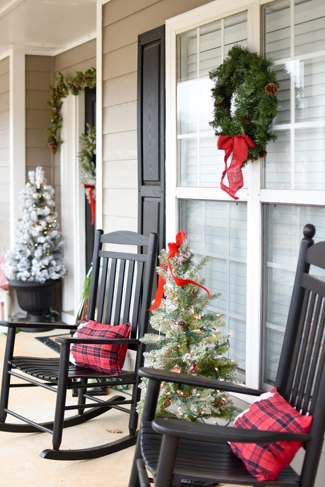 Snowy Southern Christmas Front Porch-19