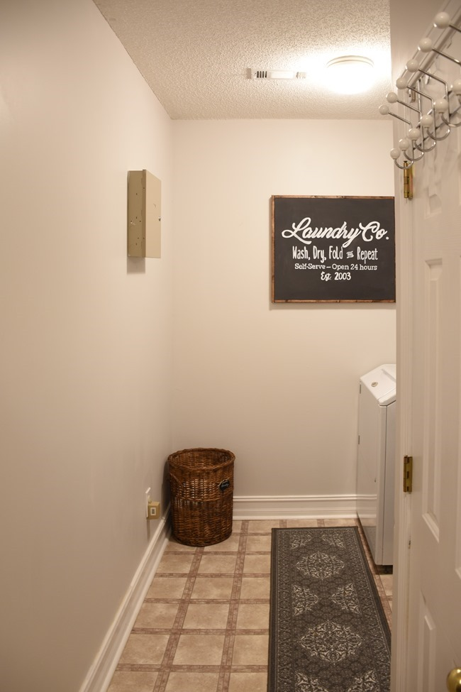 Farmhouse style Laundry room makeover (for under $100)-16