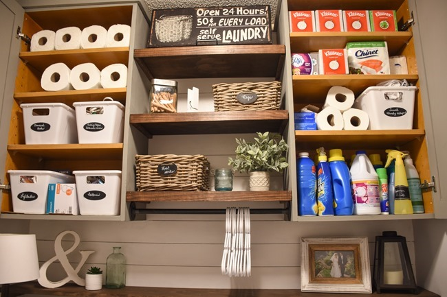 Farmhouse style Laundry room makeover (for under $100)-18