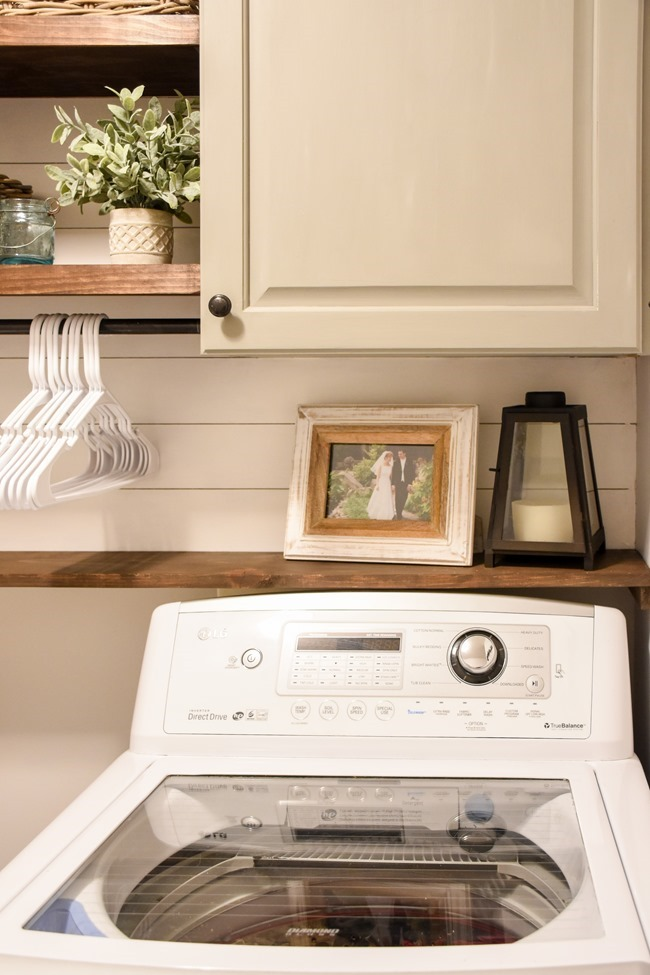 Farmhouse style Laundry room makeover (for under $100)-4