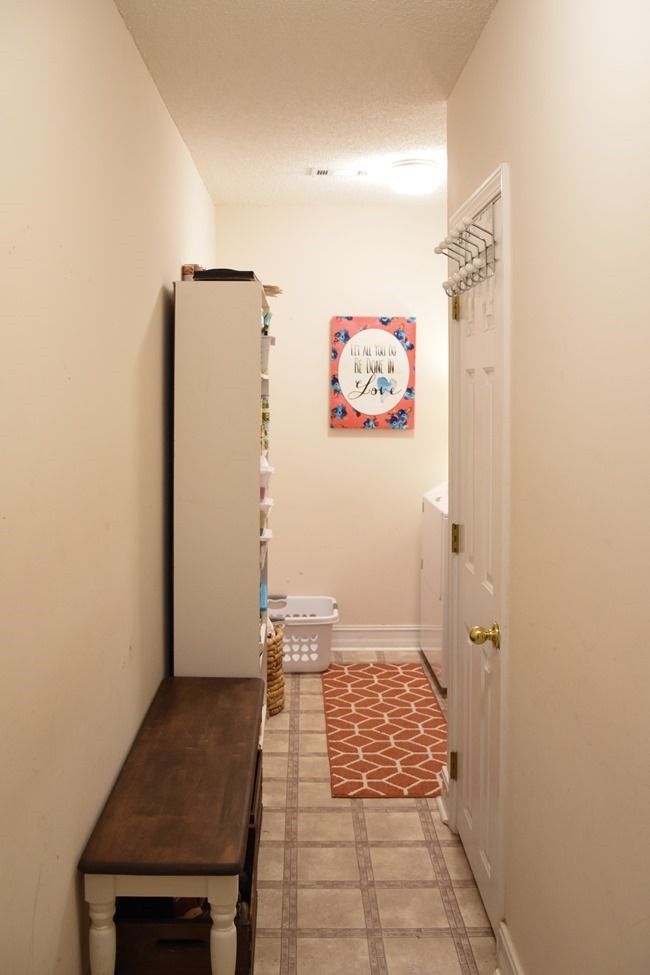 Laundry room before pictures-1-2