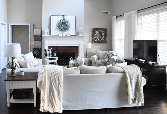 Winter mantel and winter living room-1