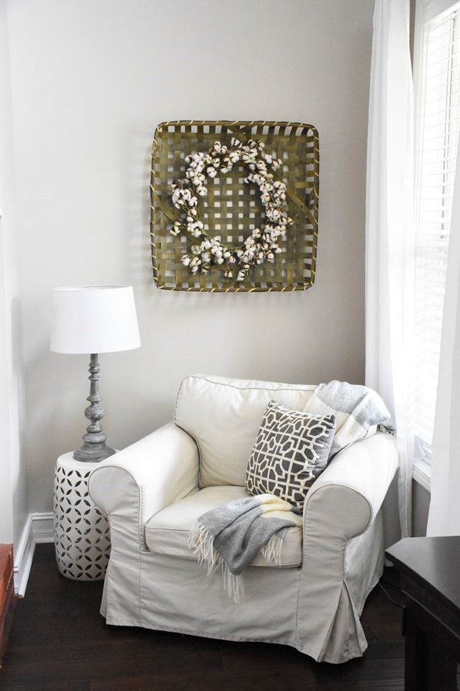 Winter mantel and winter living room-19