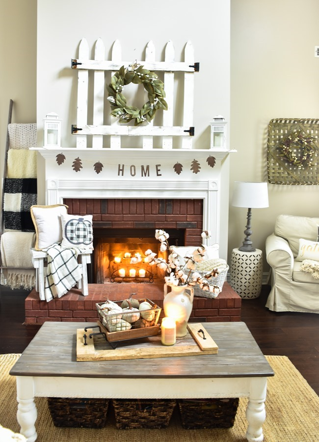 Cozy and Neutral Farmhouse Fall Tour (24 of 35)
