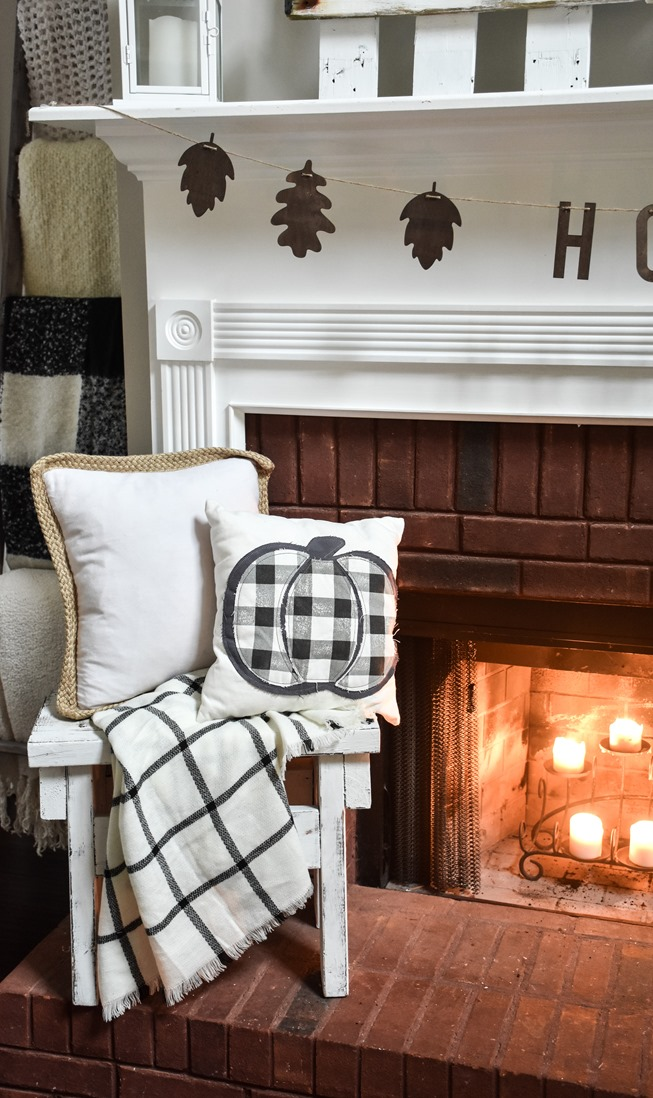 Cozy and Neutral Farmhouse Fall Tour (32 of 35)
