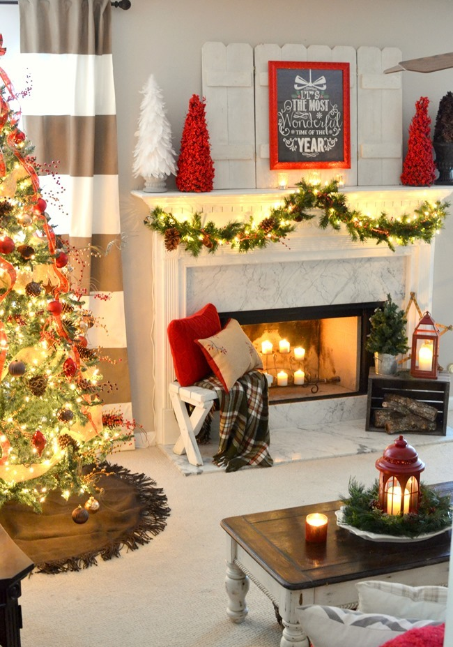 Christmas living room and mantel