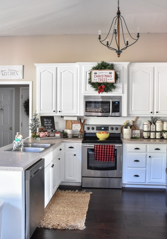 Farmhouse Plaid Christmas Home Tour (13 of 43)[3]