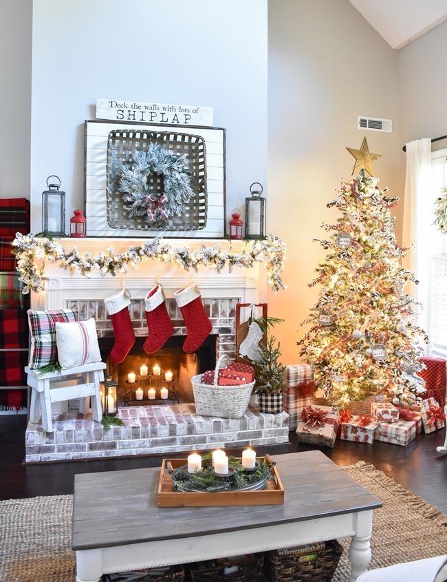 Farmhouse Plaid Christmas Home Tour (26 of 43)[3]