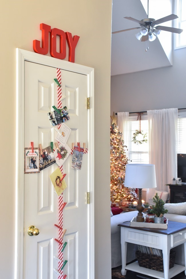 Farmhouse Plaid Christmas Home Tour (29 of 43)[3]