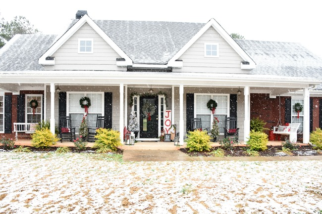 Snowy Southern Christmas Front Porch-4