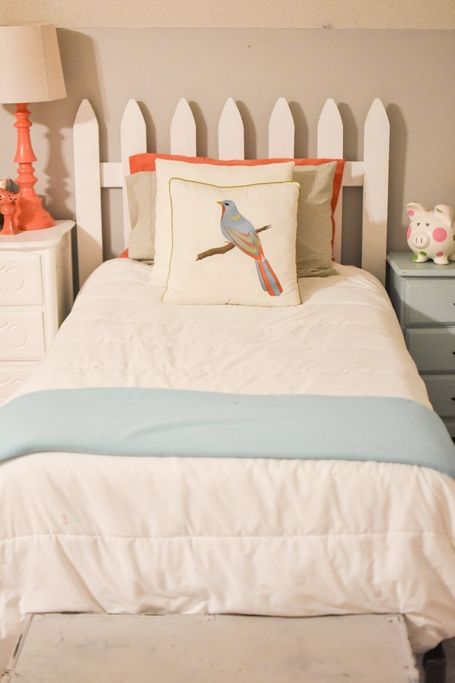 Picket fence headboard-4