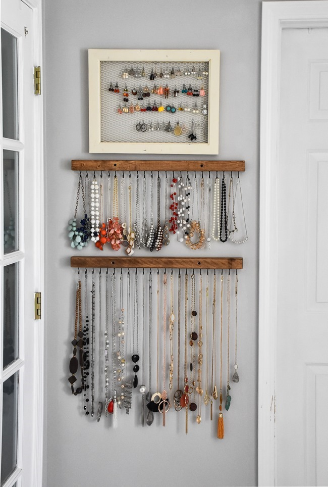 DIY Farmhouse Style Jewelry Organization-1