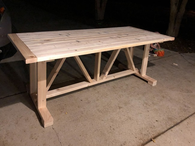 DIY Outdoor Farmhouse Patio Table made with 2x4's-3-2