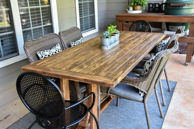 DIY Outdoor Farmhouse Patio Table made with 2x4's-3
