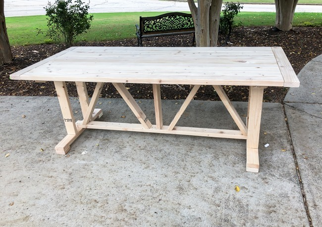 DIY Outdoor Farmhouse Patio Table made with 2x4's-4-2