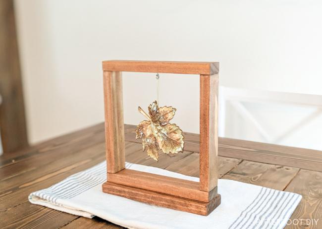 fall-decor-framed-leaf-feat