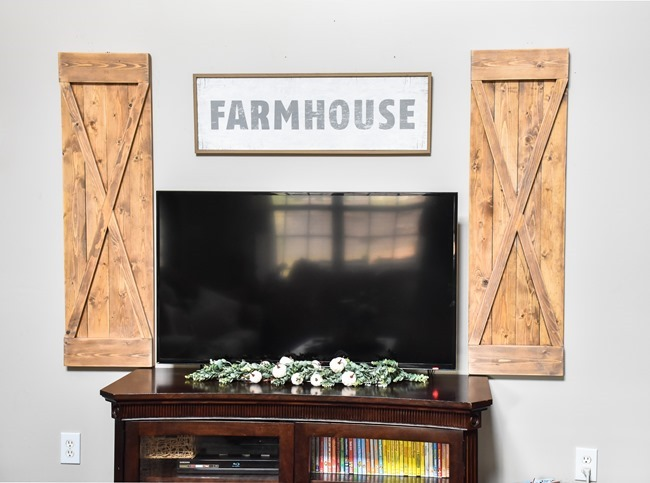DIY Farmhouse style decorative shutters-9
