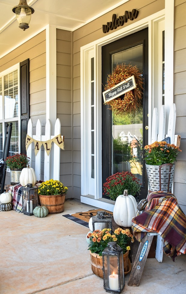 Farmhouse Fall Farmer's Market Front Porch-27