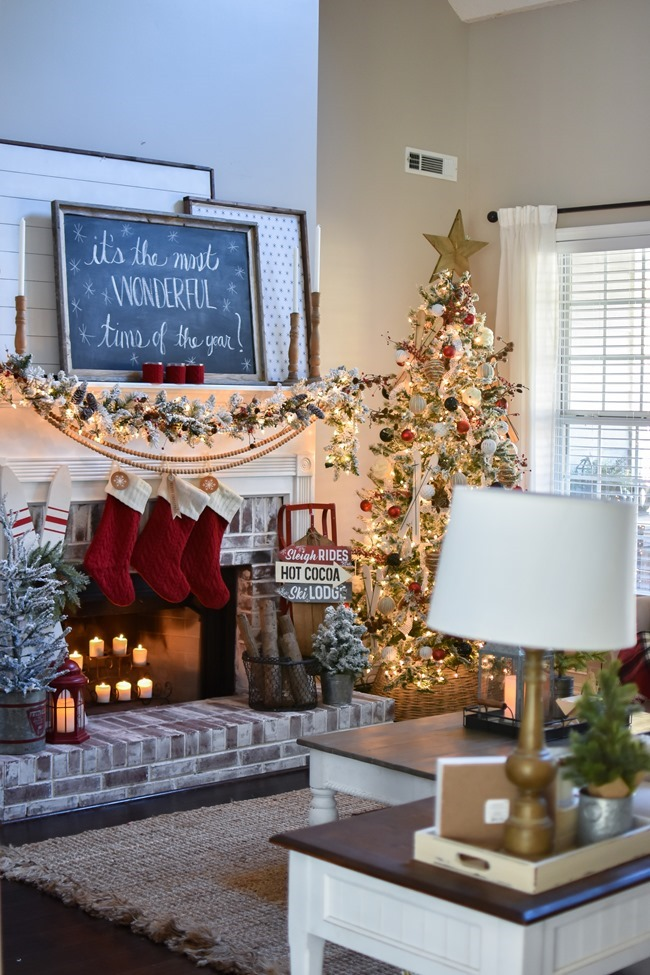 Ski Lodge Inspired Christmas Farmhouse Mantel-30
