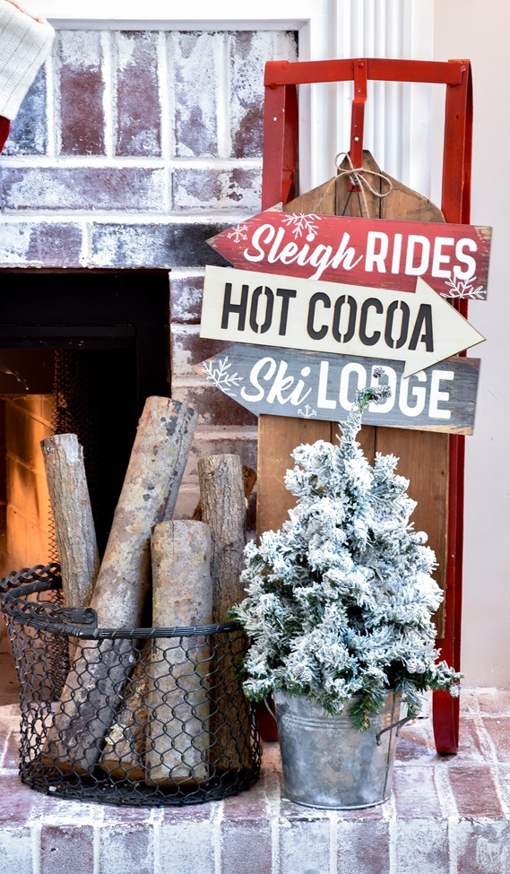 Ski Lodge Inspired Christmas Farmhouse Mantel-4