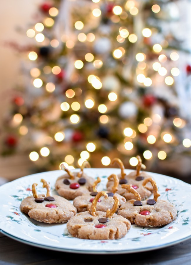Peanut Butter Rudolph Cookies easy for kids to make-1