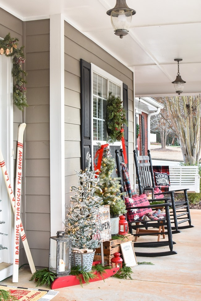 Ski Lodge Inspired Farmhouse Christmas Front Porch-10[3]