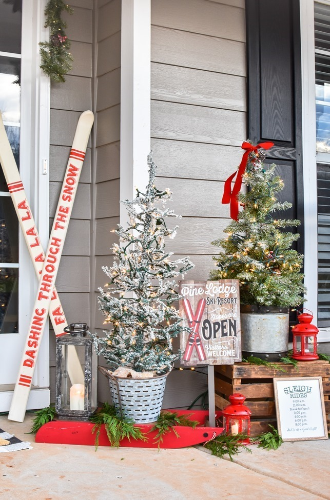 Ski Lodge Inspired Farmhouse Christmas Front Porch-13[3]