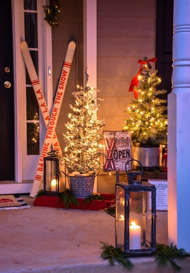Ski Lodge Inspired Farmhouse Christmas Front Porch-22[3]