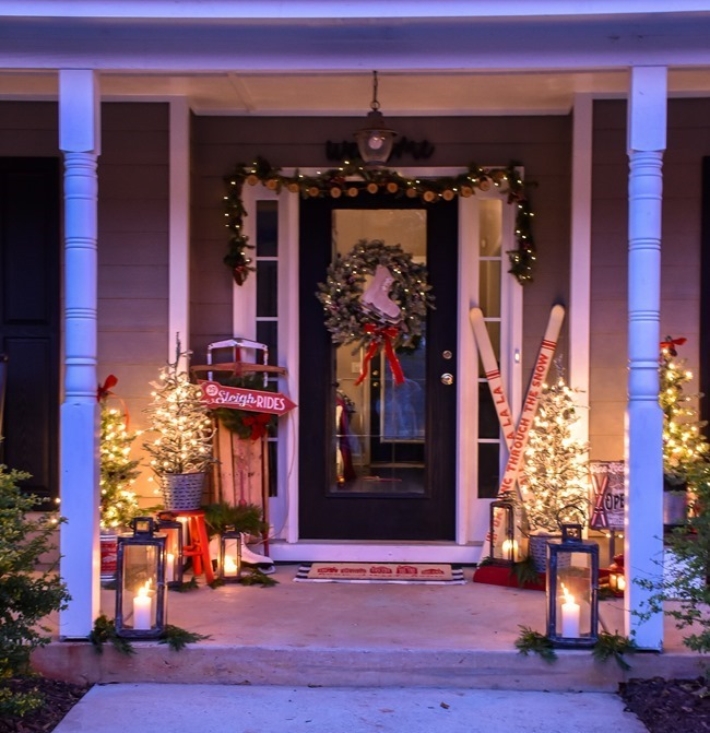 Ski Lodge Inspired Farmhouse Christmas Front Porch-24[3]