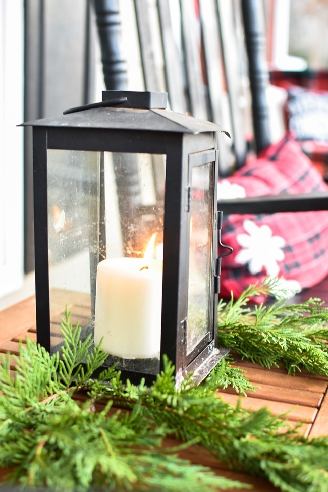 Ski Lodge Inspired Farmhouse Christmas Front Porch-3[3]