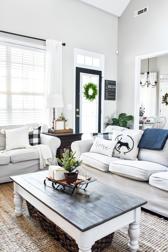 Cozy Neutral Winter Living Room-14