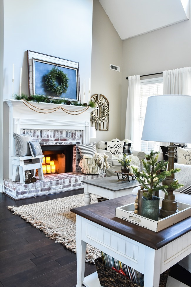 Cozy Neutral Winter Living Room-15