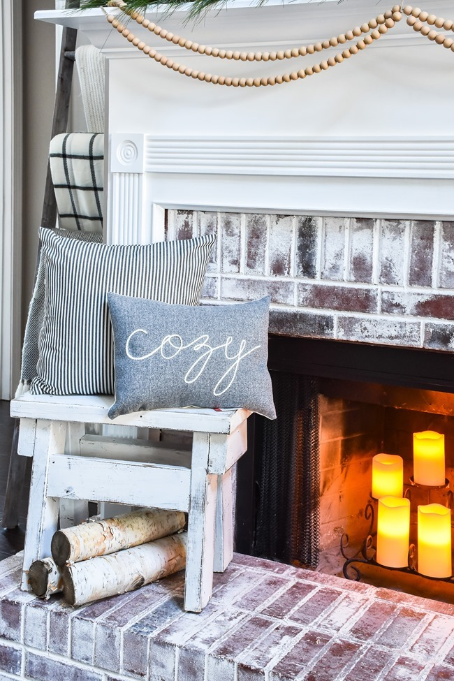 Cozy Neutral Winter Living Room-17