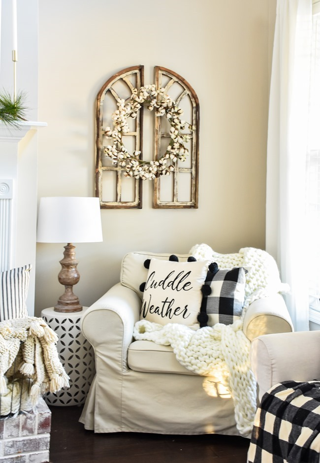 Cozy Neutral Winter Living Room-8