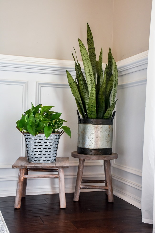 DIY plant stand from upcycled bar stool-4