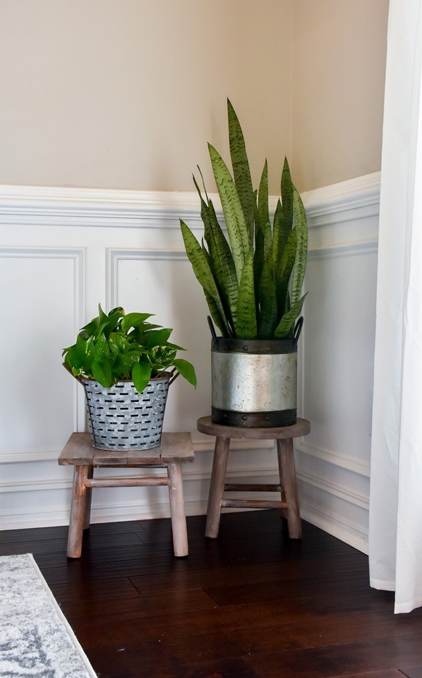 DIY plant stand from upcycled bar stool-5
