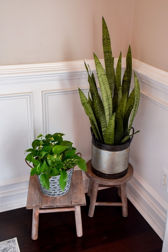 DIY plant stand from upcycled bar stool-6