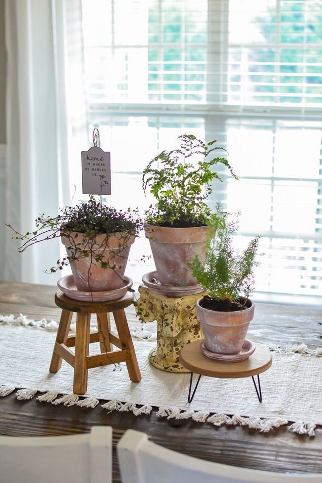 How to age Terra Cotta pots plus a simple spring centerpiece-15