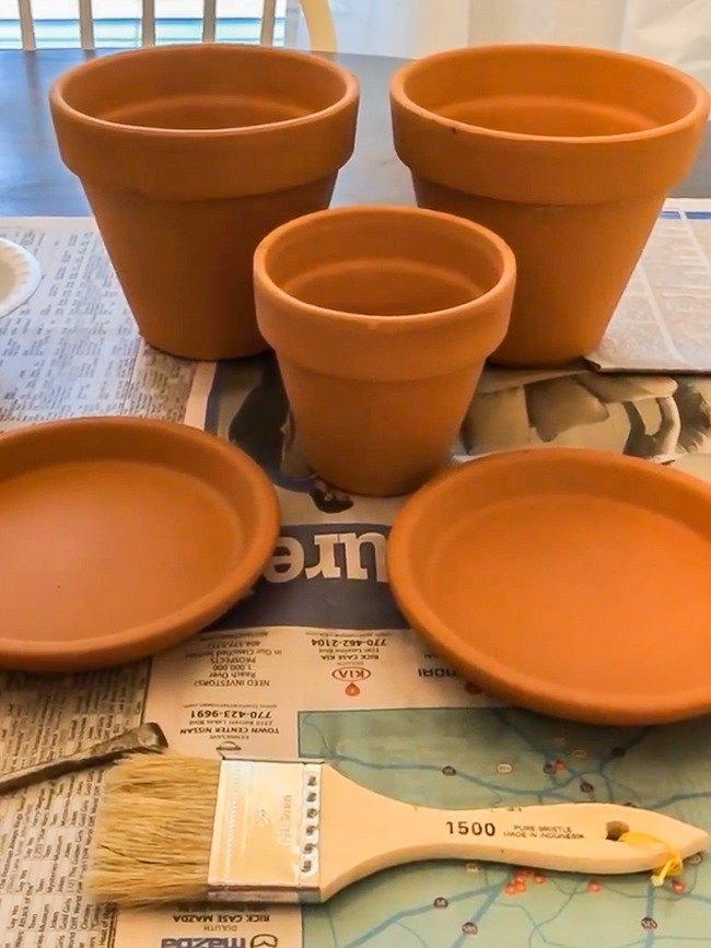 How to age Terra Cotta pots plus a simple spring centerpiece-26