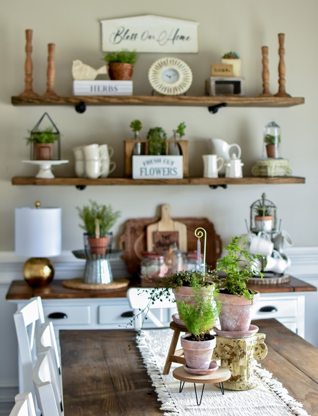 How to age Terra Cotta pots plus a simple spring centerpiece-6