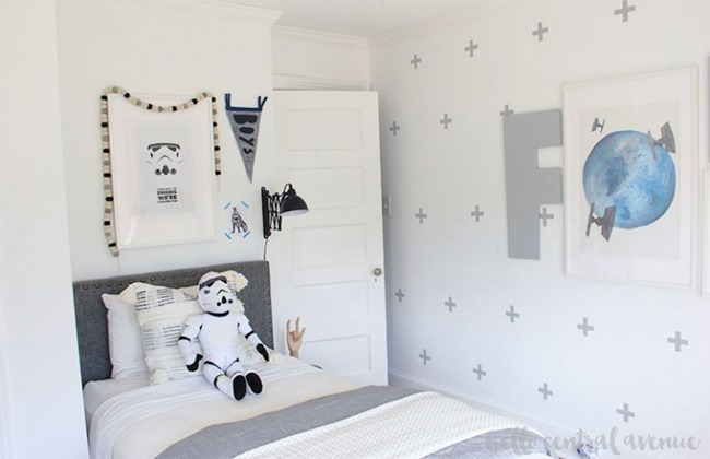 Minimalist-Star-Wars-Boys-Bedroom-Ideas-32-wm-768x496