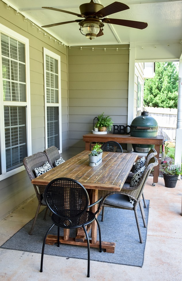 DIY Outdoor Farmhouse Patio Table made with 2x4's-4