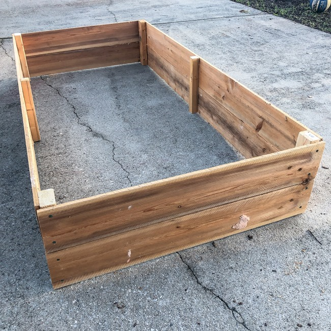 DIY Raised Garden Beds made with cedar fence pickets-4